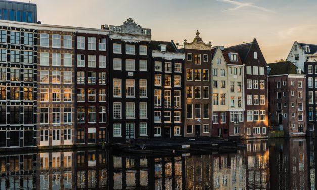 Last Minute Flights to Amsterdam